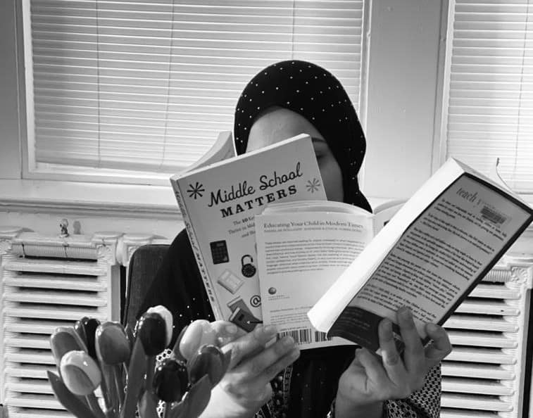 Muslim homeschooling parents should read in front of their homechooled middle school children to motivate them to read.