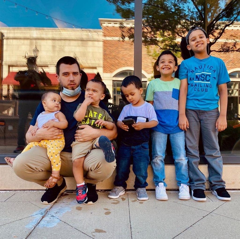 Kathy Javier is a Muslim homeschooling mother.