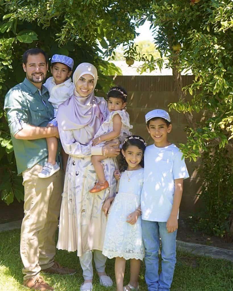 Muslim homeschooling mother Zissa.