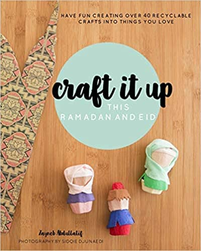 Craft it up this Ramadan and Eid includes 40 inspiring recyclable crafts! Ideal for Muslim children 5 years and up, this craft book allows children to unleash their creativity and learn about Islamic culture and festivities in a fun way.